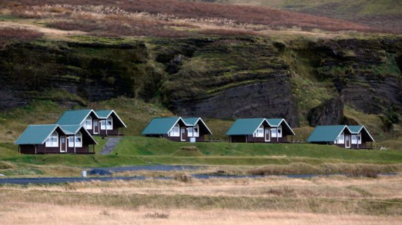 A general view of houses in the town of Vik in southern Iceland.(Reuters/ Ingolfur Juliusson)