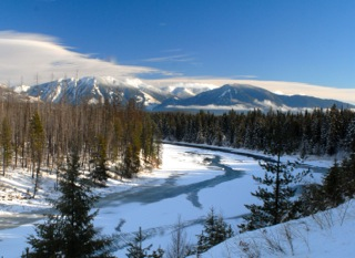 Mountain view of the frozen North Fork River