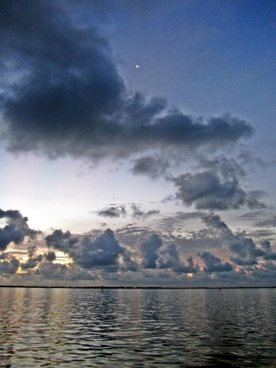approaching new moon in bimini