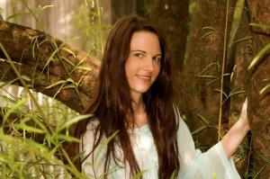 Laura faery 2